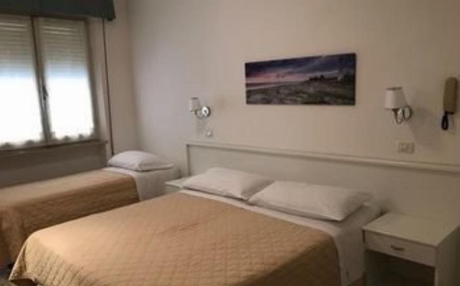 Hotel La Fenice Cattolica