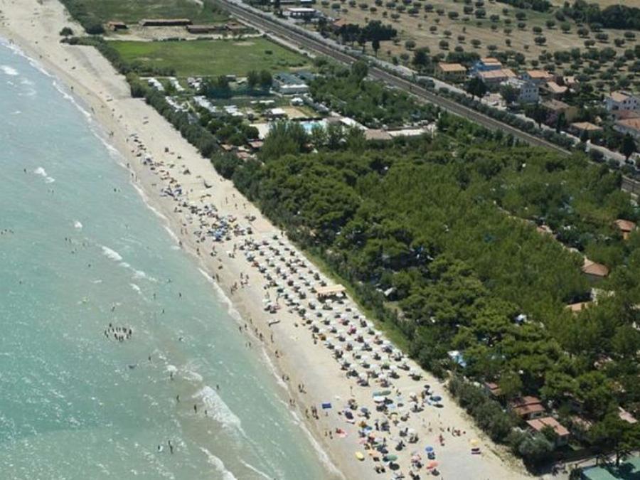 Pineto Beach Village & Camping Pineto