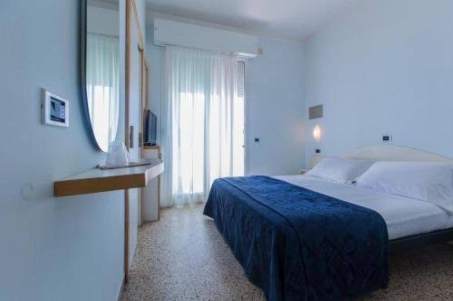 Hotel Antibes Riccione