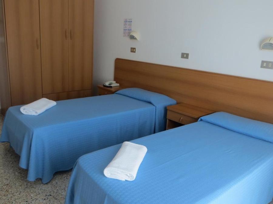 Hotel Singapore Cervia