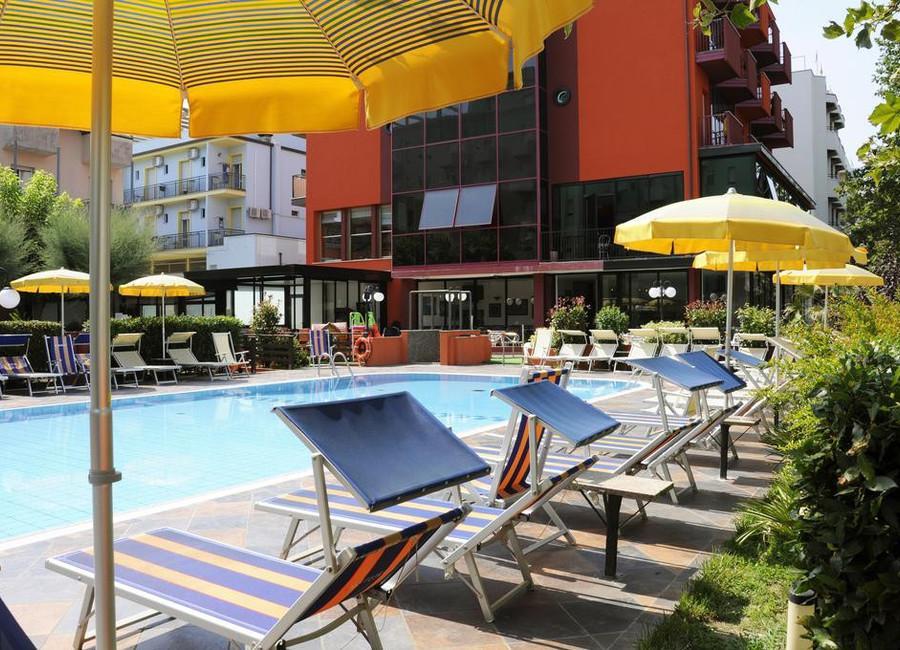 Hotel Prestigio Valverde