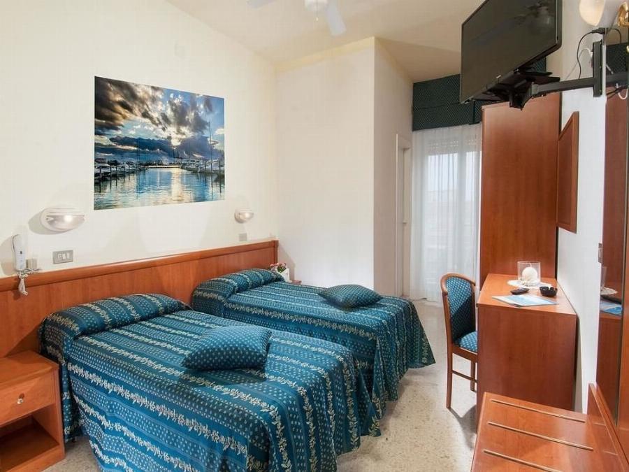 Hotel Caesar Cattolica